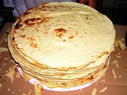La Sardegna in tavola con il pane carasau