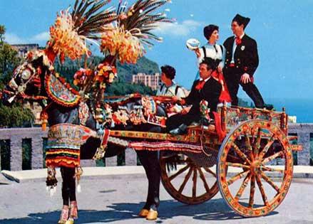 I Carretti Siciliani simbolo di folklore, protagonisti delle feste popolari tradizionali