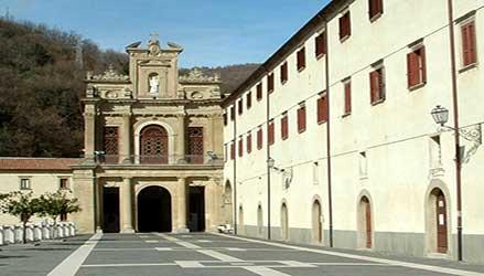 San Francesco di Paola, il Santo Patrono di Calabria, tra spiritualità e folklore